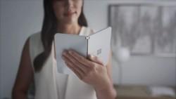 Microsoft, qatlana bilən Surface Duo-nu təqdim etdi