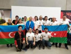 III Robot Olimpiadası-nın qalibləri Azərbaycanı Dünya Robot Olimpiadası-nda təmsil edib - FOTO