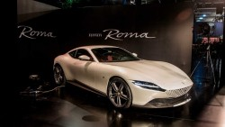 Ferrari Roma: yeni quruluş ilə tarixi dizaynın kəsişməsində - FOTO